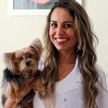 Dra Gabriela Rodrigues Monteiro